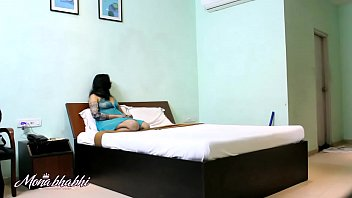Indian Mona Bhabhi Teasing Room Server Cleaner Boy